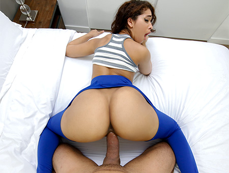 Ripping Kitty's Yoga Pants to free that Big Bootie